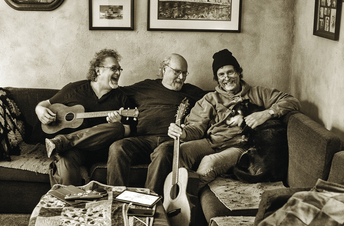 Tom Paxton and The DonJuans Suzy Most of All  Is Love